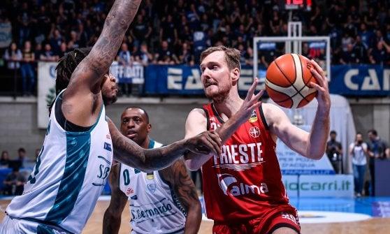 Basket, serie A: Cremona apre la crisi di Milano, Venezia a un passo dalla vetta