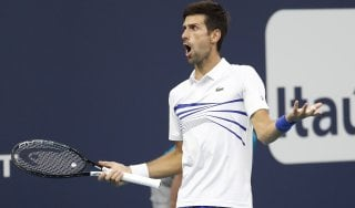 Tennis, Miami: Djokovic e Halep agli ottavi soffrendo, fuori la Stephens