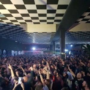 Saluti romani e motti del Ventennio, in duemila a Milano al concerto-evento di CasaPound