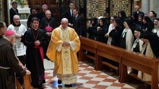 """Il Papa a Loreto: """"La famiglia fondata sul matrimonio tra uomo e donna è insostituibile"""""""