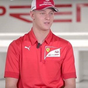 Formula 1, Mick Schumacher verso esordio sulla Ferrari: farà dei test in Bahrain