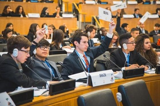 Platini all'Onu, un prof speciale per tremila aspiranti ambasciatori