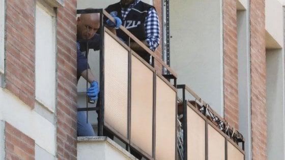 La lite sul balcone prima di precipitare. Gli ultimi minuti di David e Benjamin