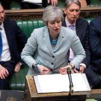 Brexit, governo battuto: si dimettono tre sottosegretari