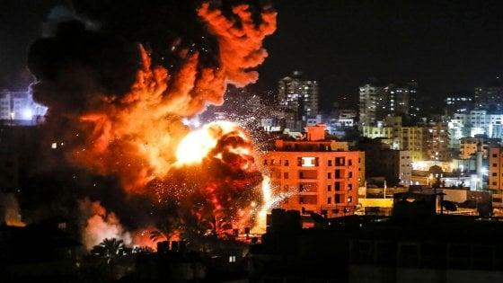 Gaza, Israele non risconosce la tregua di Hamas; ancora razzi e bombardamenti sulla Striscia