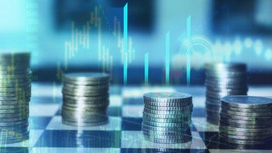 Gli italiani e il denaro: tanto risparmio, pochi investimenti e zero pianificazione