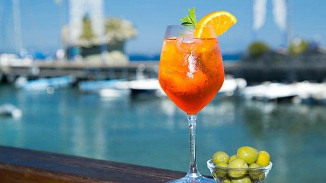 Spritz economy, l'aperitivo ora è globale
