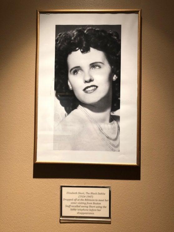 Hollywood, la mecca del crimine. Sulle tracce di amori e misfatti, da Chaplin a Marilyn Monroe