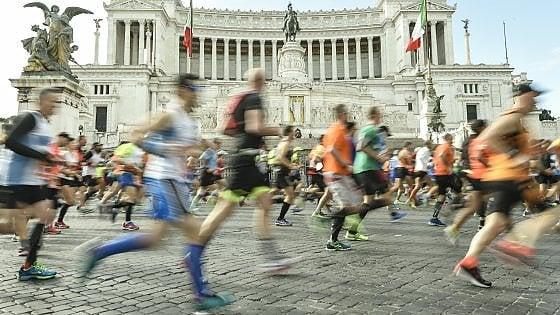 """""""Corro con chi ha tenuto in mano il mio cuore"""": a Roma la sfida dei trapiantati"""