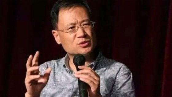 Cina, punita la critica dell'intellettuale sulla leadership di Pechino: sospeso il docente di diritto