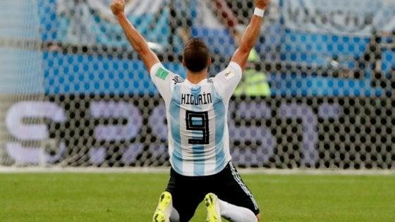 Higuain lascia l'Argentina: