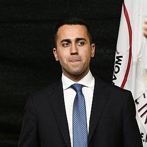 """Legittima difesa, sulle armi più 'facili' è scontro. Di Maio avvisa: """"M5S non voterà a favore"""". E Salvini sconfessa i suoi: """"Nessuna proposta in arrivo"""""""