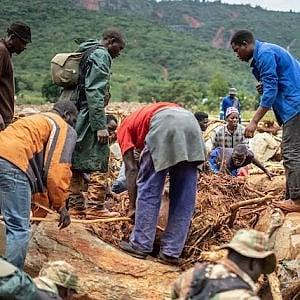Mozambico, il ciclone ha fatto oltre 1 milione e mezzo gli sfollati, ha portato il colera e ha spazzati via i progetti di sicurezza alimentare
