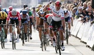 Ciclismo, Gand-Wevelgem a Kristoff: Viviani manca sul più bello