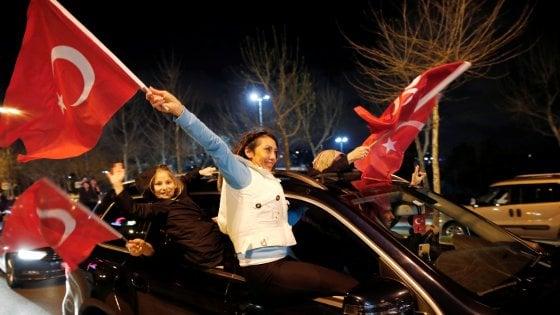 Elezioni in Turchia, colpo ad Erdogan nelle amministrative: perde Ankara e Istanbul