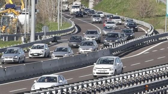 Scooter 125 in autostrade e tangenziali: nuovo codice della strada, ecco le novità previste dal testo base