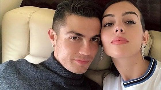 Ho scritto t'amo su Instagram: Georgina Rodriguez, la fidanzata perfetta da 10 milioni di follower