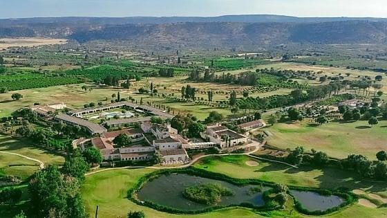 Benessere, natura, relax, in un Resort nella terra del Barocco siciliano