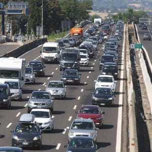 Autostrade, scontro sui pedaggi: concessionarie contro Toninelli