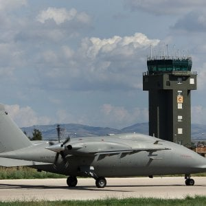Un modello del aereo P1HH l'aereo militare senza pilota realizzato dalla Piaggio Aero