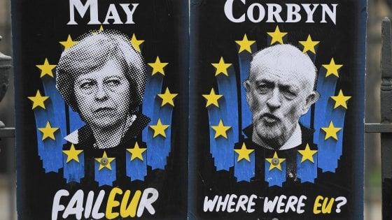 """Incontro May-Corbyn per scongiurare il No Deal, il leader Labour: """"Bene, ma intesa lontana"""""""