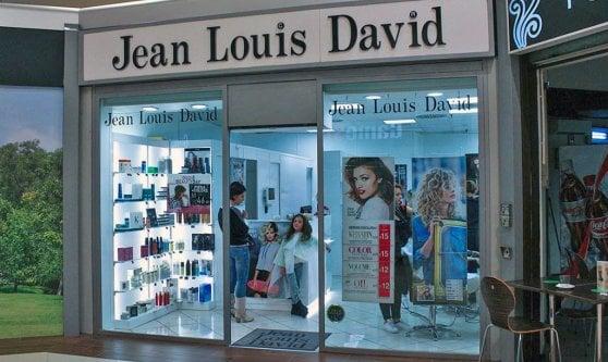 Morto a 85 anni Jean-Louis David, il coiffeur delle star