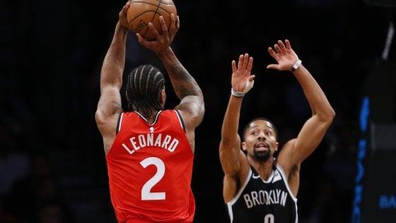 Basket, Nba: Toronto crede ancora al 1° posto, battute d'arresto per Gallinari e Belinelli