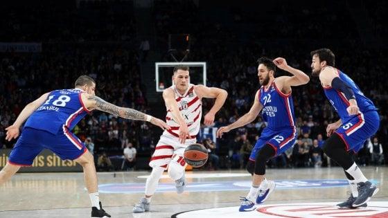 Basket, Eurolega; Milano sconfitta dall'Efes 101-95, addio playoff