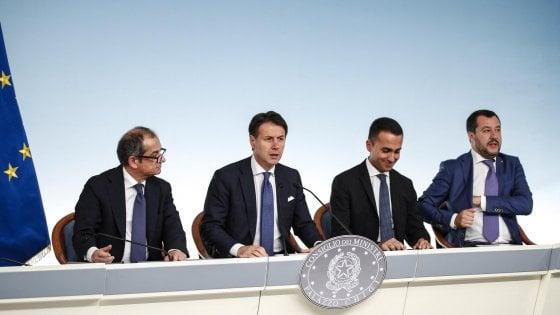 Rimborsi banche, il Mef: Nostra soluzione copre 90% dei risparmiatori. Salvini: Ci pensa Conte
