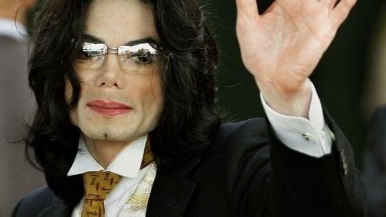 Michael Jackson, al film di accuse 'Leaving Neverland' risponde la famiglia con un contro doc
