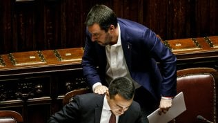 """Alleanze coi negazionisti, Salvini a Di Maio: """"Altro che nazisti e venusiani, lavori di più"""". Il leader M5s: """"Difendere la memoria"""""""