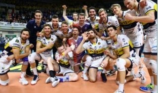 Volley, playoff scudetto: Modena passa a Milano e vola in semifinale