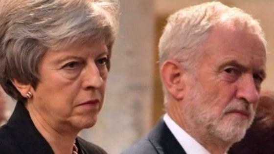 """Gb, appello di May ai parlamentari:  """"Approvate accordo o non usciamo dala Ue"""""""