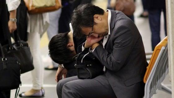 Giappone, ansia da ferie: troppi 10 giorni di vacanza per festeggiare il nuovo imperatore