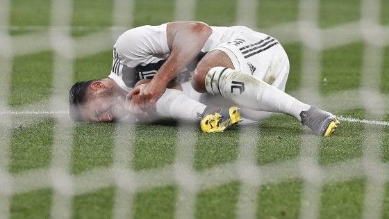 Juventus-Milan, infortunio per Emre Can: problema alla caviglia