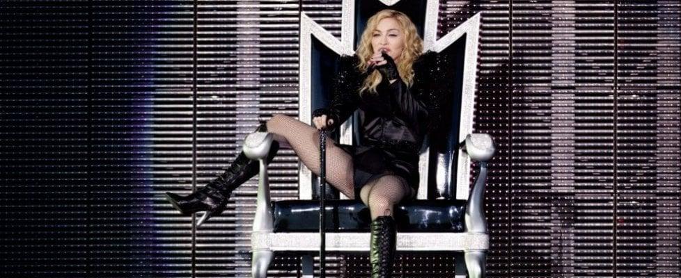 Madonna all'Eurovision Song Contest di Tel Aviv, Peter Gabriel e Ken Loach protestano