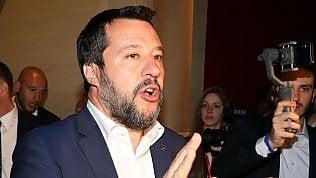 Flat tax, Salvini: Ragioniamo su quota 50mila euro. Di Maio: Solo per il ceto medio, io garante. Prevertice senza vicepremier