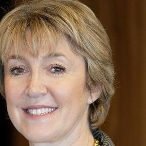 Una donna vince l'oscar per l'oncologia del polmone