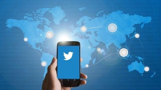 Twitter, stretta anti-spam: il limite giornaliero delle persone che gli utenti possono seguire scende a 400