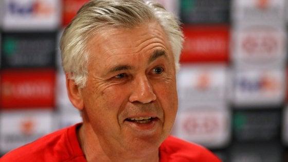 """Napoli, Ancelotti: """"Contro l'Arsenal serviranno coraggio e idee chiare"""""""