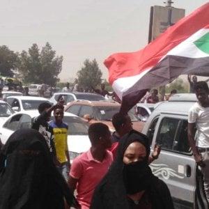 Sudan, la fine incruenta di una dittatura di sangue