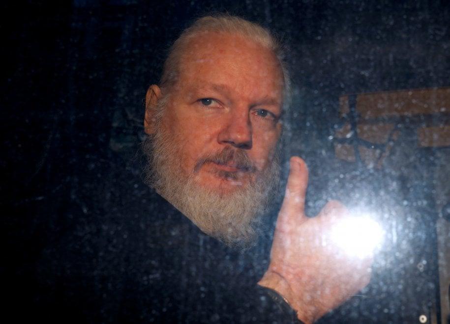 Julian Assange arrestato a Londra