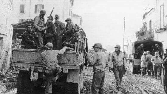 La Compagnia braccata dal destino: la storia di 8 soldati Usa uccisi dai nazisti dopo essere scampati ad un'altra strage
