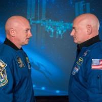 Ecco come cambia l'organismo di un uomo che va nello spazio: i gemelli Scott e Mark Kelly...