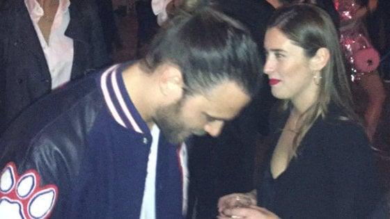 Maria Elena Boschi con Giulio Berruti al Salone del Mobile