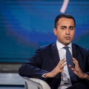 Alitalia, Di Maio ottimista: A breve buone notizie, spero di essere l'ultimo a occuparsene