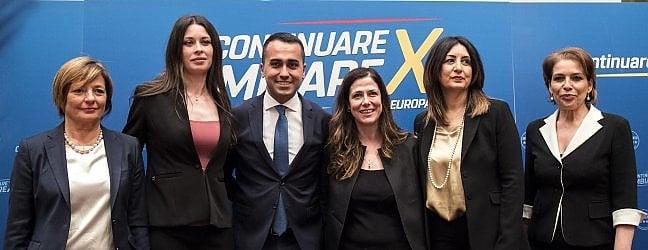 """Movimento 5 Stelle, Di Maio sceglie 5 donnea guidare le liste: """"Eccellenze del Paese"""""""