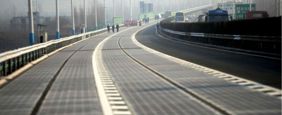 Sorpresa, l'autostrada si adatta alle auto a guida autonoma