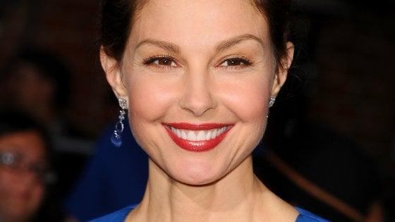 """Ashley Judd: """"Violentata e rimasta incinta, sono grata di aver potuto abortire legalmente"""""""