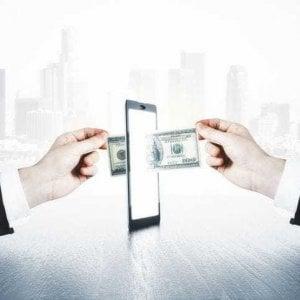 Se disdico un contratto telefonico con cellulare, quali sono i costi di uscita?